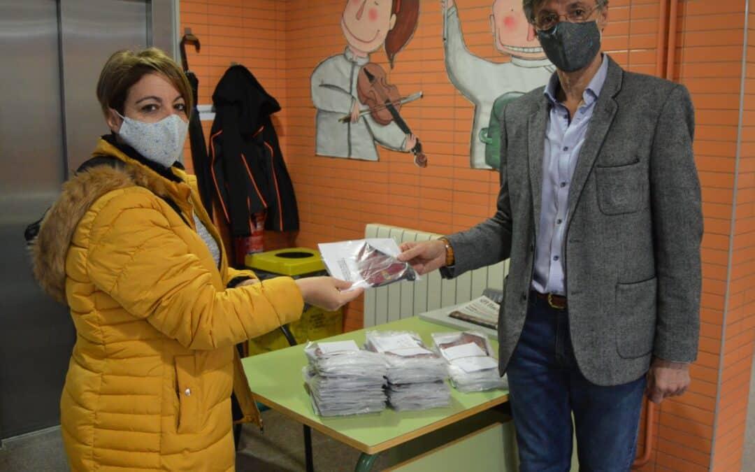 El Ayuntamiento de Cigales repartirá 5.800 mascarillas a todos sus vecinos empadronados así como a los alumnos del Colegio e IESO local